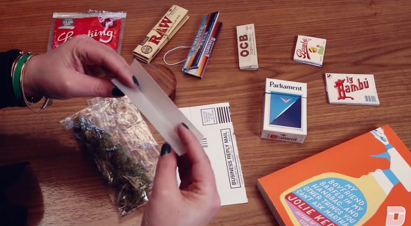 Rolling a joint with money?
