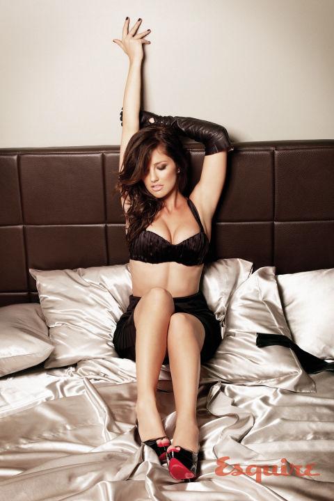 seksikertomus sexiest woman alive
