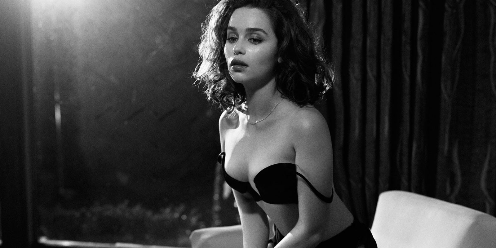 emilia clarke photo session