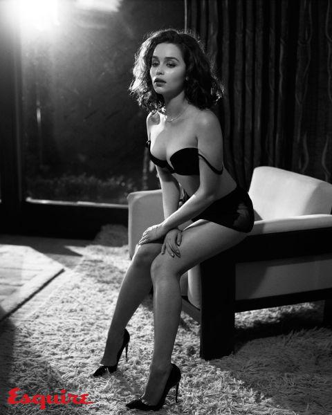 gallery-1444418511-emilia-clarke-sexiest