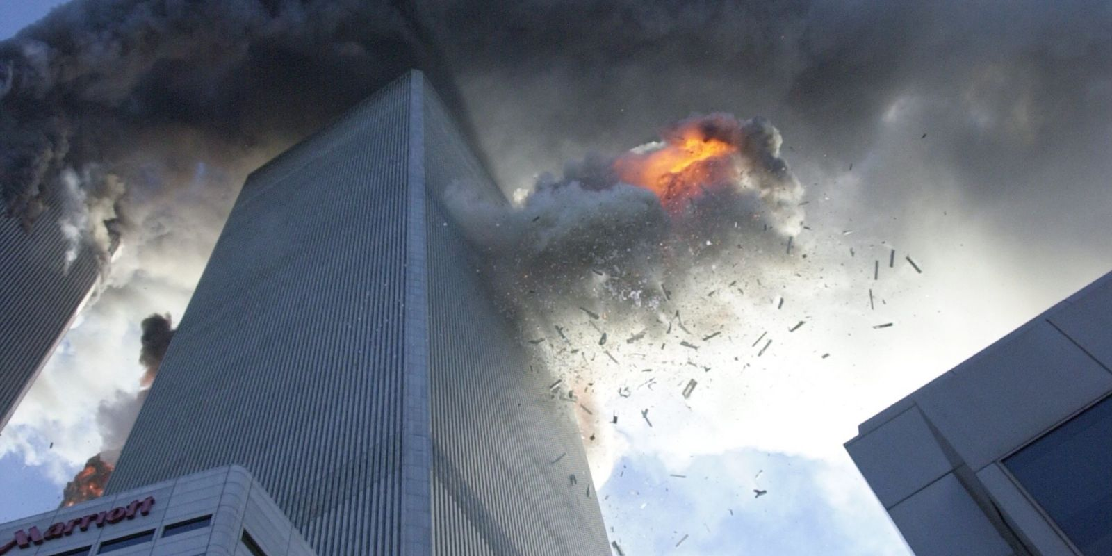 a history of the world trade center attacks in the united states The first world trade center attack and the first terrorist attack on america a bomb built in nearby jersey city is driven into an underground garage at the trade center and detonated, killing.