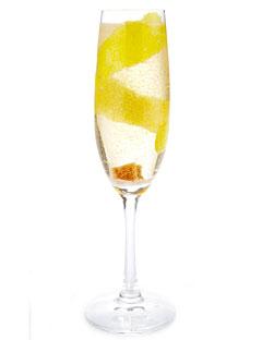 cocktail au champagne, photo vue sur : esquire.com