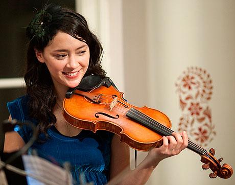 Lucia Micarelli Treme - Violinist Lucia Micarelli on Treme HBO