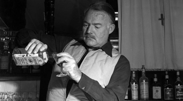 New year 39 s champagne cocktail recipe ernest hemingway for Cocktail hemingway