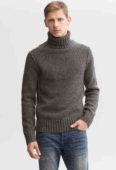 http://esq.h-cdn.co/assets/cm/15/05/54ccf47511e2f_-_esq-03-banana-republic-turtleneck-2012-mdn.jpg