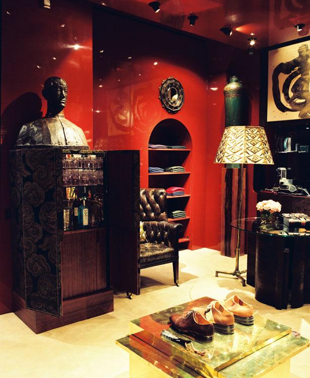 dries van noten paris store. Black Bedroom Furniture Sets. Home Design Ideas
