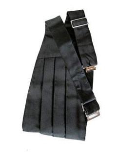 how to wear a cummerbund with suspenders