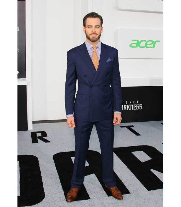 Chris Pine Double-Breasted Suit - Chris Pine Star Trek Into Darkness